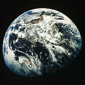 飞机飞行 地球自转