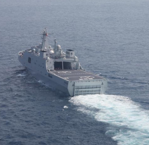 """中国""""史上最强""""海上救援船队搜救失联客机"""